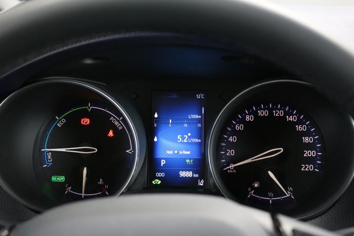 auto magazin srbija test toyota c-hr hybrid c-ult