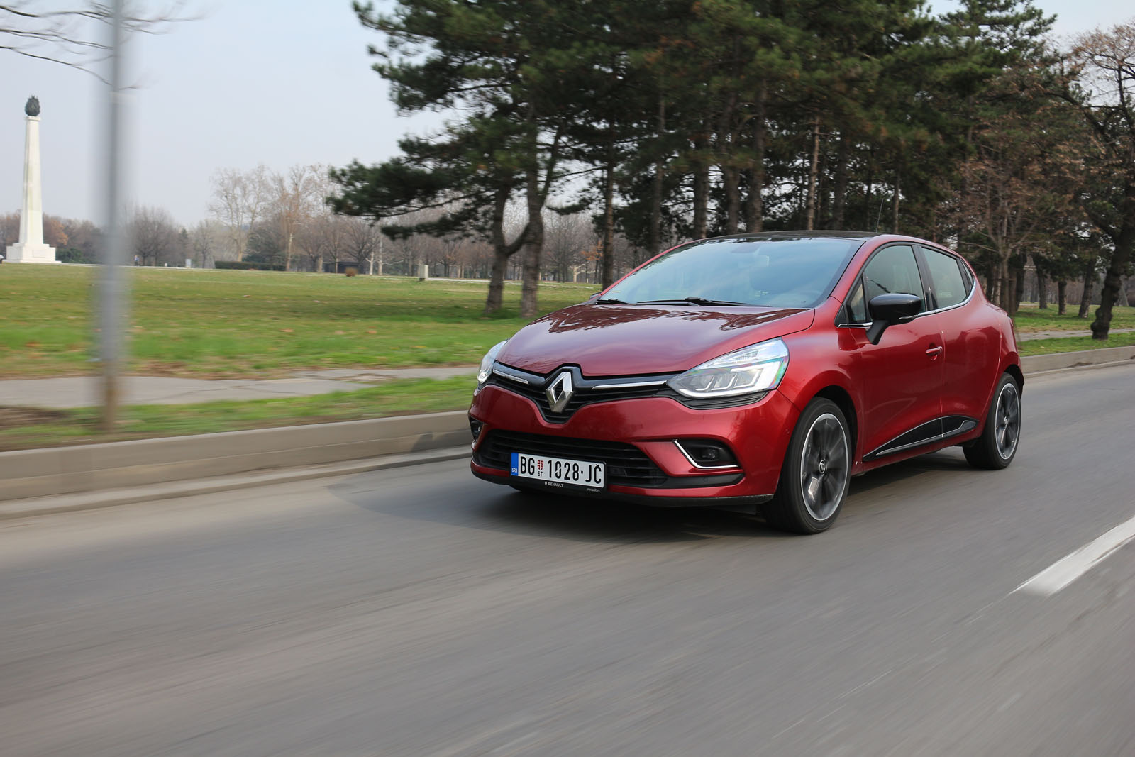 test renault clio dci 110 intens auto magazin. Black Bedroom Furniture Sets. Home Design Ideas