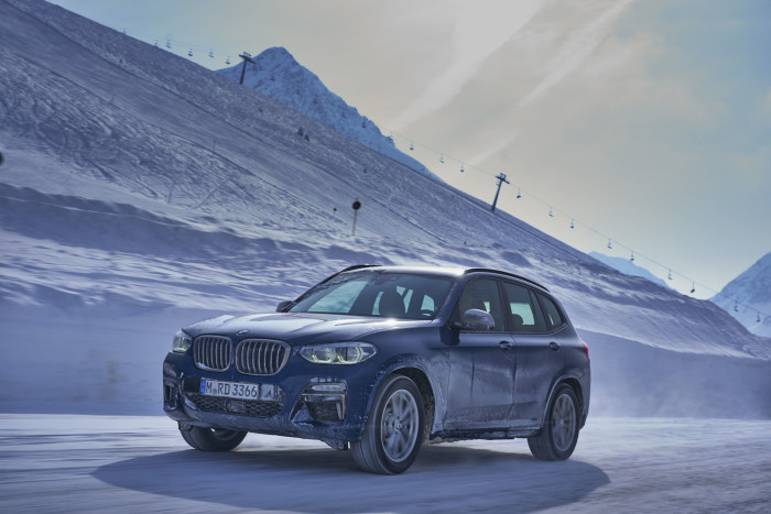 auto magazin srbija test bmw m4 snow drift bmw x3 m40i test