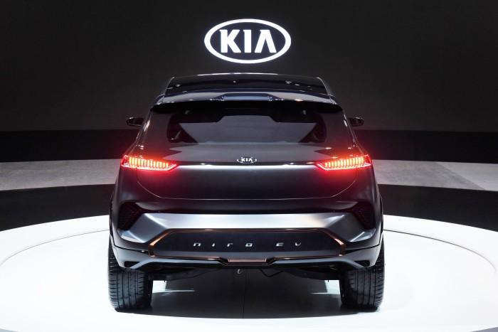 Kia Niro EV 09 01 2018 2