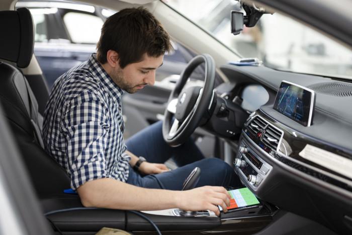 auto magazin srbija bmw kampus za autonomnu vožnju