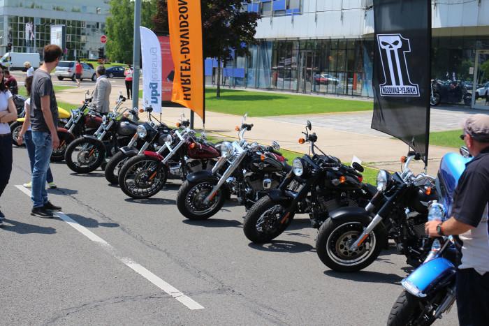 Auto magazin Harley Davidson Demo Show (1)