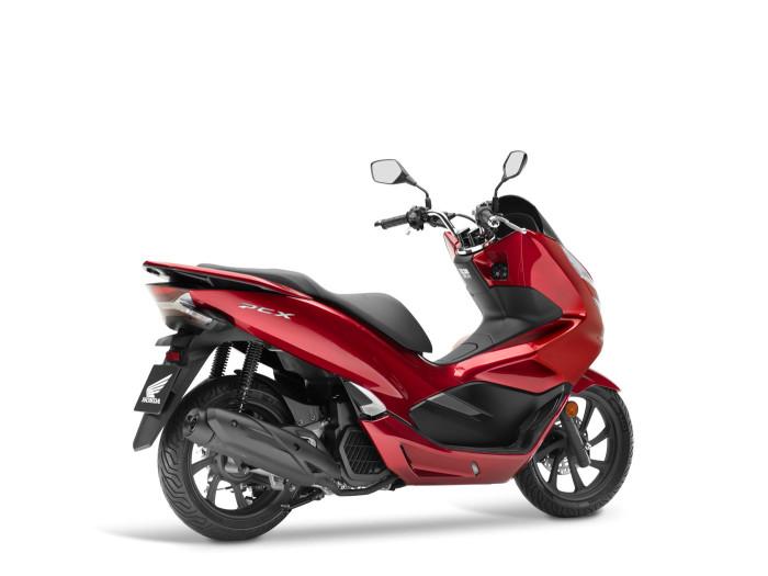 Auto-magazin-Honda-PCX-4