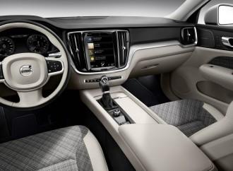 Karirana sedišta lajtmotiv na Volvo V60 modelima