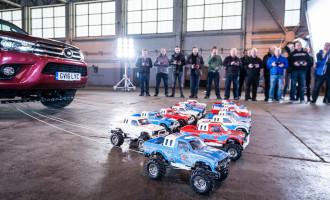Koliko igračaka na daljinski je potrebno da povuku pravi auto?