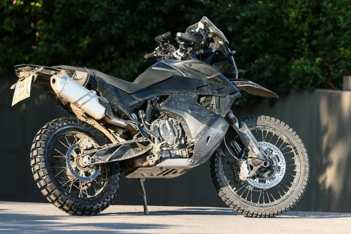 Auto magazin KTM 790 Adventure R  (1)