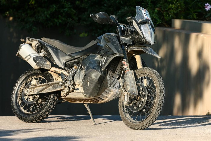 Auto magazin KTM 790 Adventure R  (5)