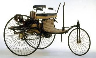 Mercedes-Benz prodaje repliku prvog automobila