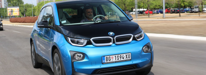 TEST: BMW i3