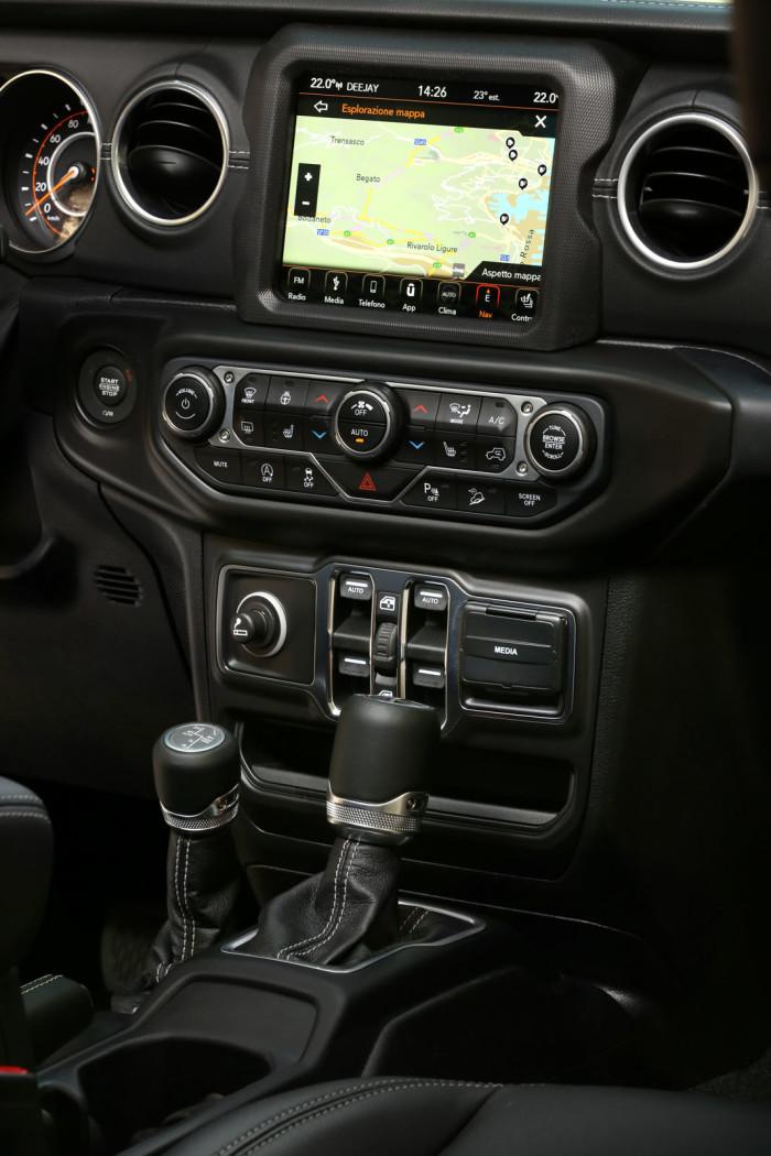 auto magazin srbija test jeep wranler jl