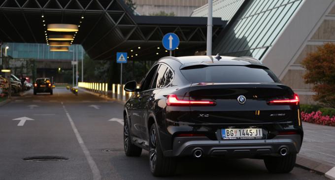 Magnet za poglede: Vozimo BMW X4