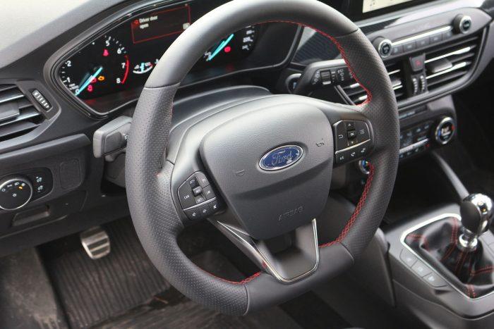 auto magazin srbija test ford focus 1,0 ecoboost st line