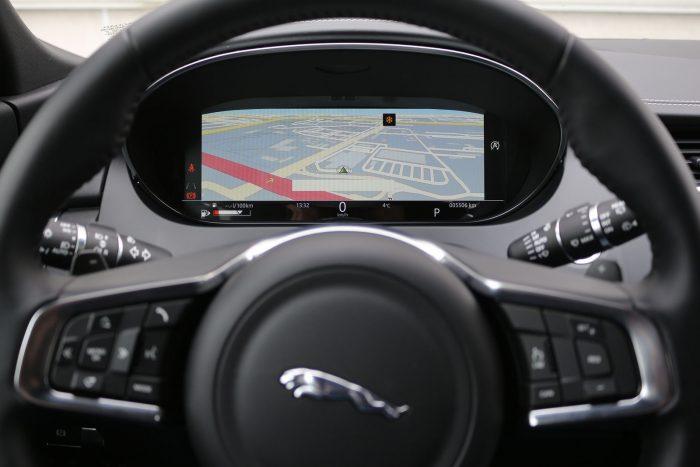 auto magazin srbija jaguar e-pace d150 awd test