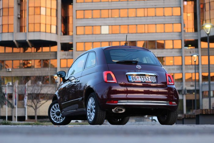 auto magazin srbija test fiat 500 1.2 lounge