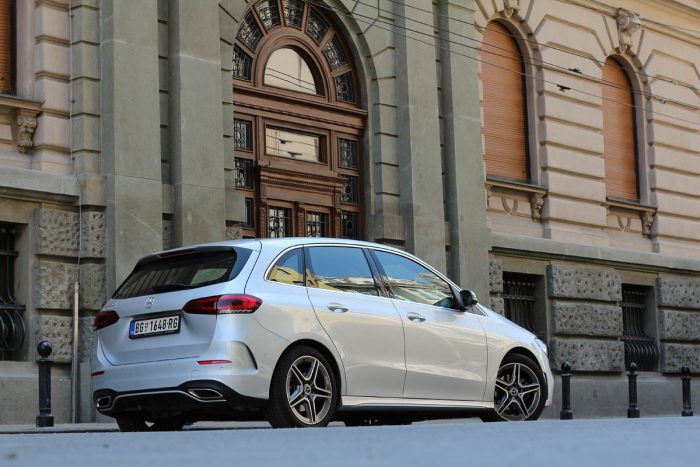 auto magazin srbija test mercedes b 200 iskustva