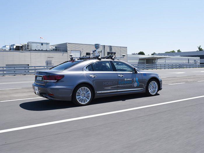 auto magazin srbija lexus autonomna vožnja brisel