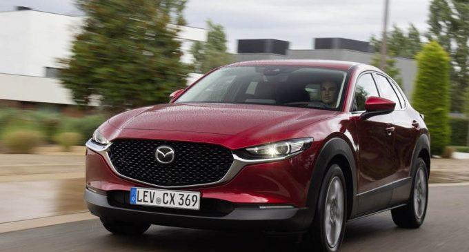 Nova Mazda CX-30 je naše test vozilo od Barselone do Đirone