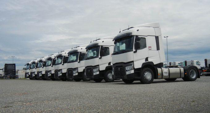 Unitrag iz Užica kupio osam Renault Trucks tegljača nove T serije