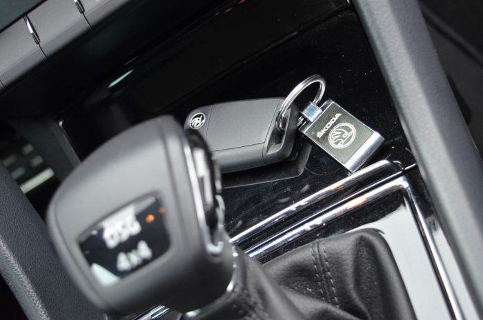 auto magazin srbija test škoda karoq 2.0 tdi 4x4 iskustva