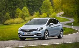 Prva vožnja u Frankfurtu: redizajnirana Opel Astra