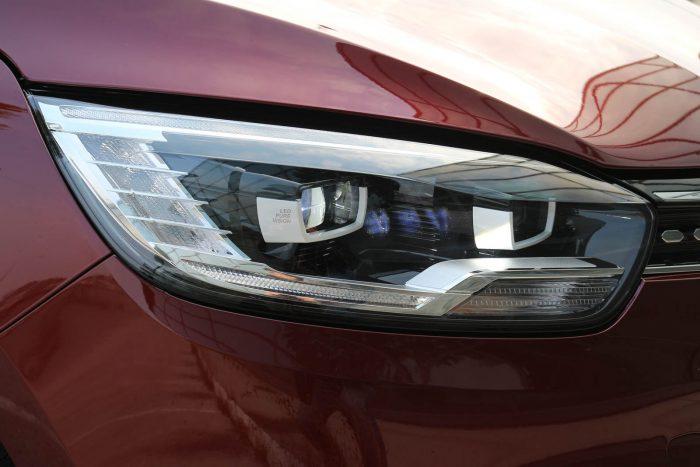 Auto magazin Srbija Test Renault Scenic Initiale Paris TCe160