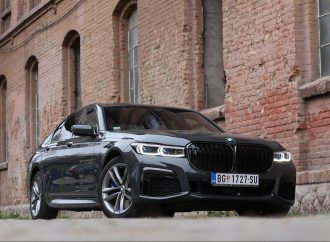 Testiramo BMW 730d xDrive