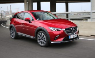 TEST: Mazda CX-3 G121 Revolution