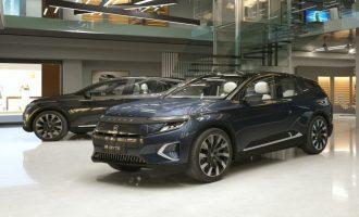Većina prodavaca automobila u Kini otvorila salone