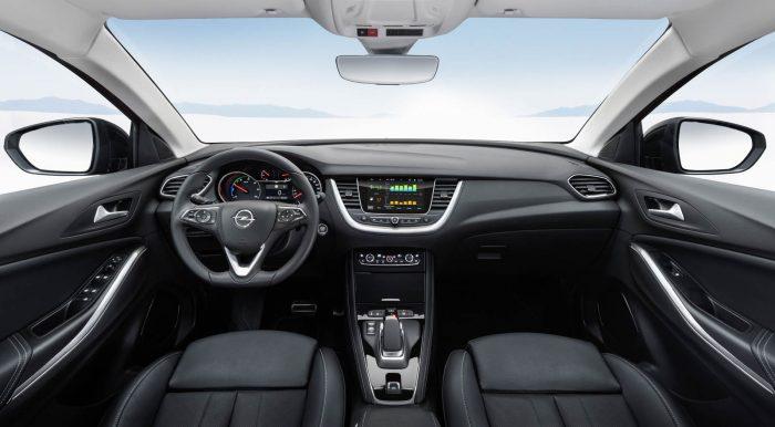 Auto magazin Srbija Opel Grandland X Hybrid4
