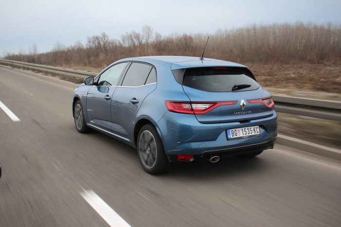 Auto magazin Srbija TEST Renault Megane Bose TCe 140 FAP