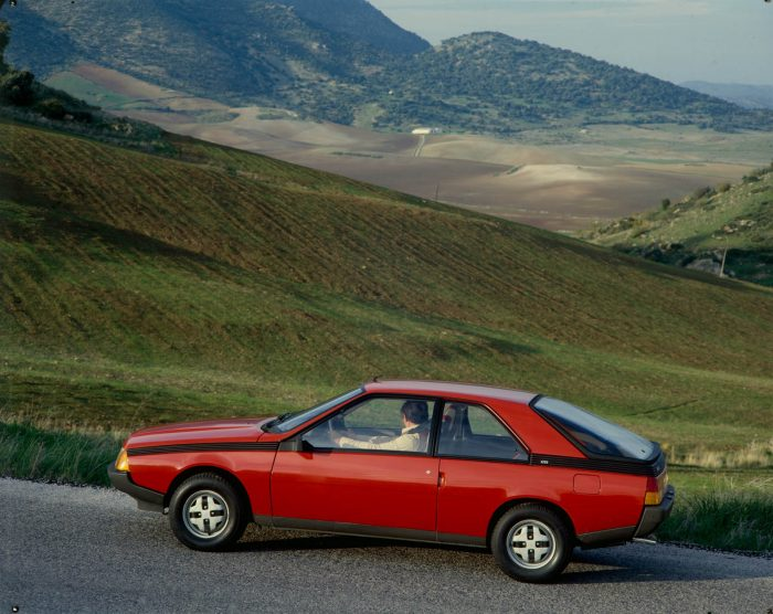 Auto magazin Srbija Renault Fuego