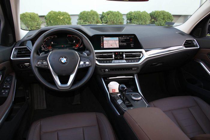 Auto magazin Srbija TEST BMW 320d xDrive