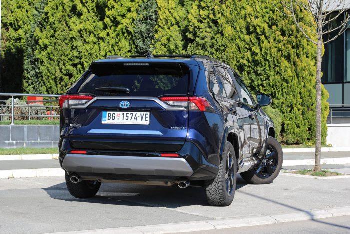 Auto magazin Srbija Test Toyota RAV4 Hybrid FWD Style