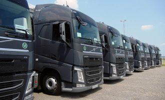 Prevozniku iz Odžaka isporučeno 10 novih Volvo FH kamiona