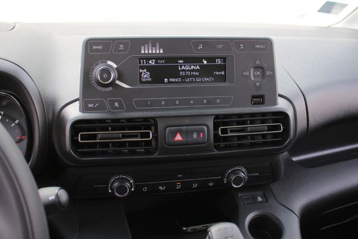 Auto magazin Srbija Test Citroen Berlingo Business BlueHDi 100 N1