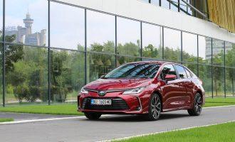 TEST: Toyota Corolla 1,8 Hybrid Executive
