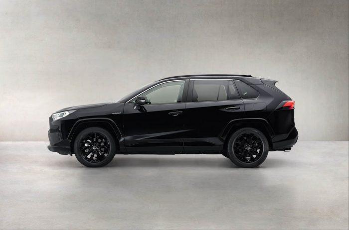 Auto magazin Srbija Toyota RAV4 Hybrid Black Edition