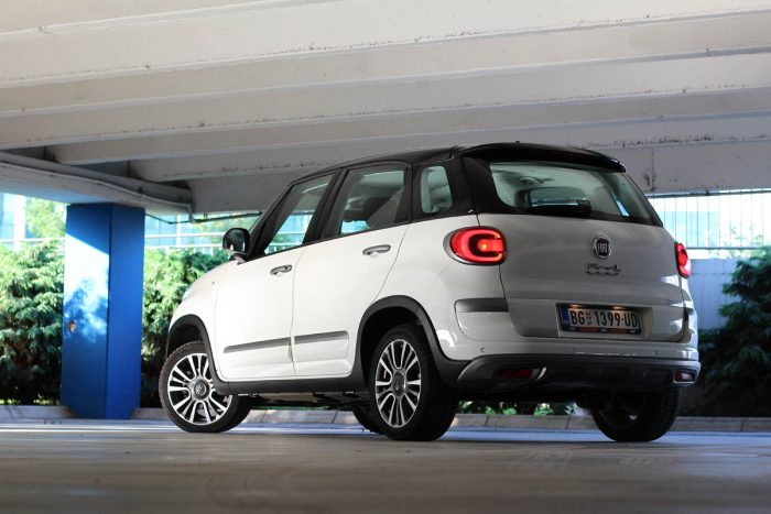Auto magazin Srbija Test Fiat 500L Cross 1.3 MultiJet