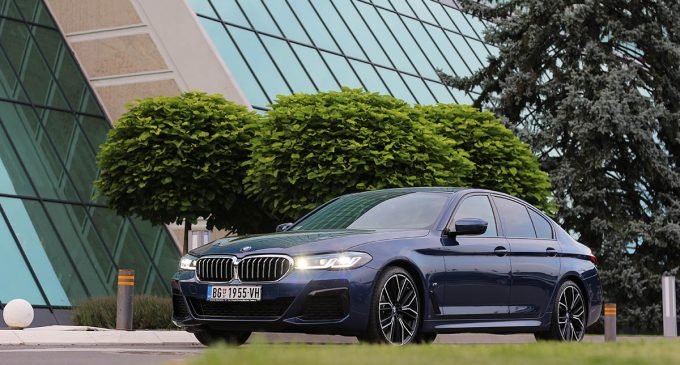 Redizajnirani BMW 520d xDrive M Sport na testu Auto magazina