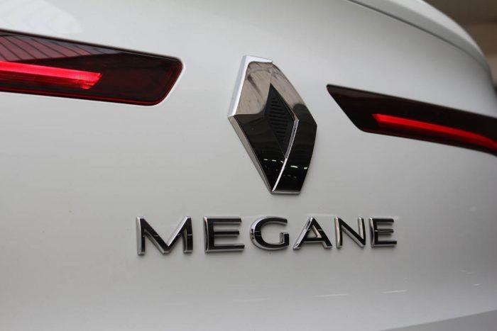 Auto magazin Test Renault Mégane GrandCoupé