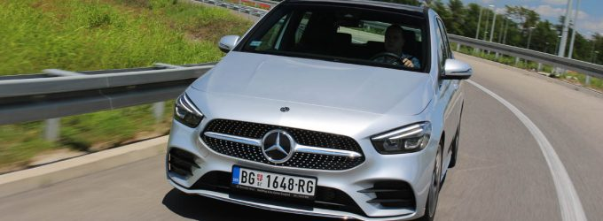 TEST: Mercedes B 200
