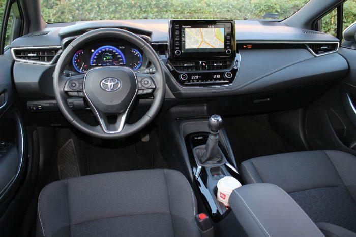 Auto magazin Srbija Test Toyota Corolla TS 1,2 Sport
