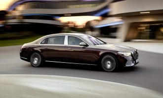 Mercedes-Maybach S-Class kreće iz druge…