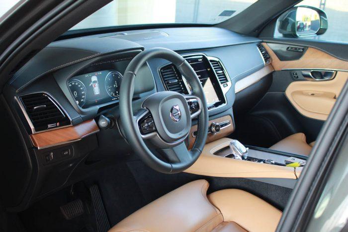 Auto magazin Srbija test Volvo XC90 B5