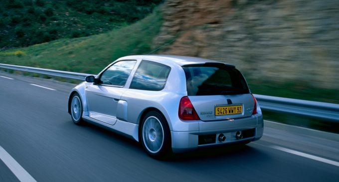Poslednji momenti zlatnih vremena: Clio V6 slavi 20. rođendan