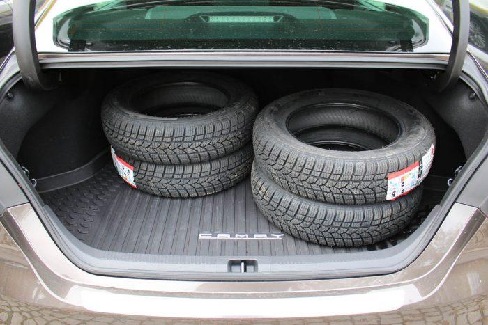 Auto magazin Srbija Test Toyota Camry Hybrid