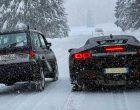 Ko je brži po snegu: Fiat Panda 4×4 ili Ferrari SF90 Stradale?