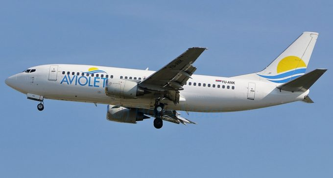 Air Serbia penzionisala Boeing 737-300 avione