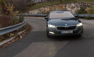 Škoda Octavia iV demonstrira rekuperaciju energije kroz praške ulice