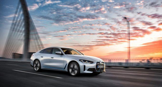 BMW i4 je prvi model na struju sa performansama M4